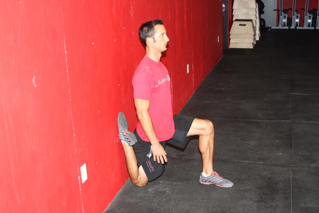 wall_lunge_2